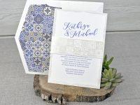 invitatii nunta vintage cu mov albastru