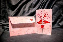 invitatie nunta 5002 haioasa clasica roz cu inimioare