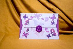 invitatie nunta 5010 cu fluturi clasica moderna mov violet